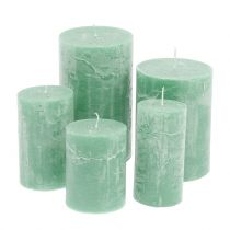 Colored candles Light green different sizes
